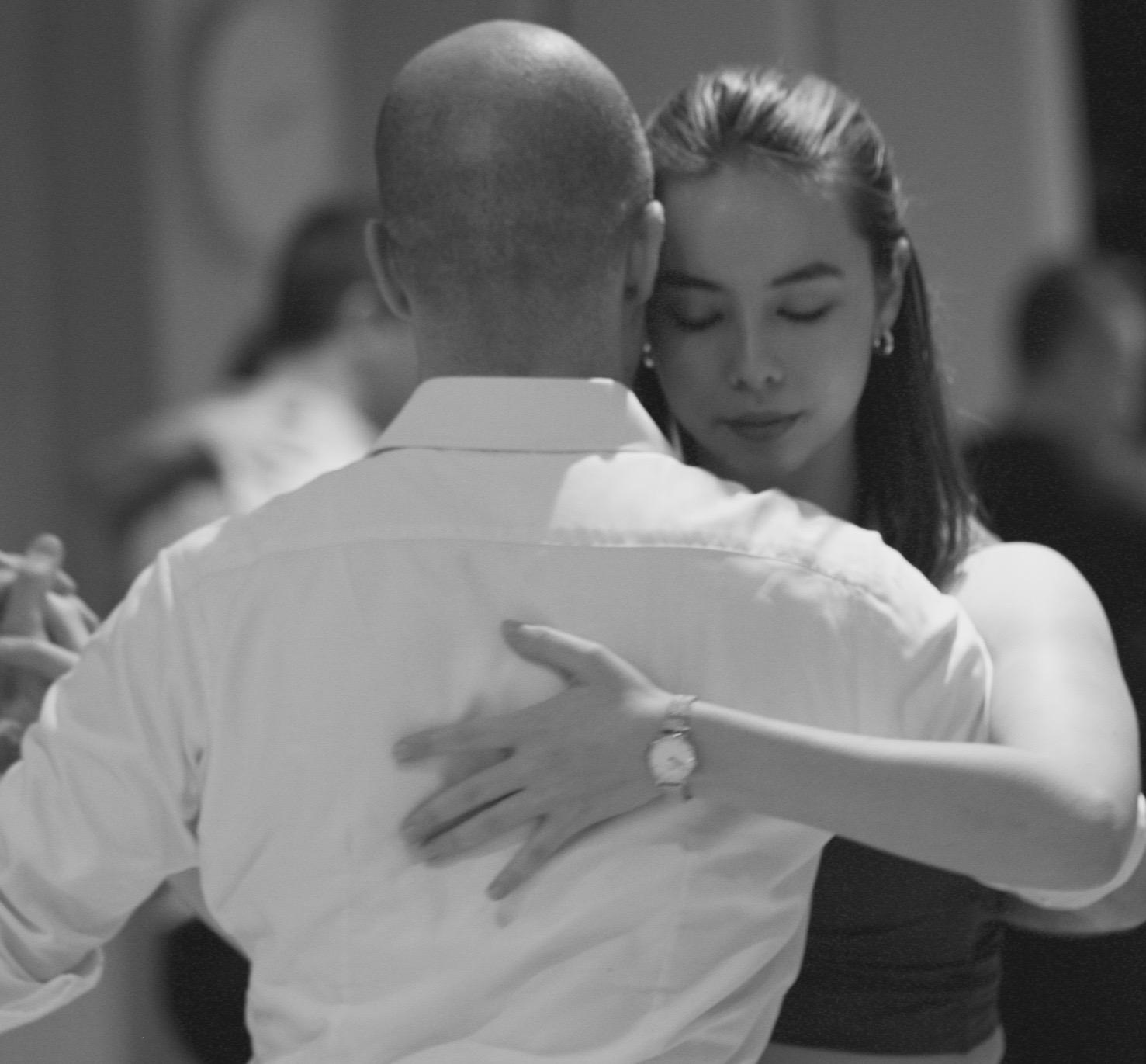 tango students dancing in class