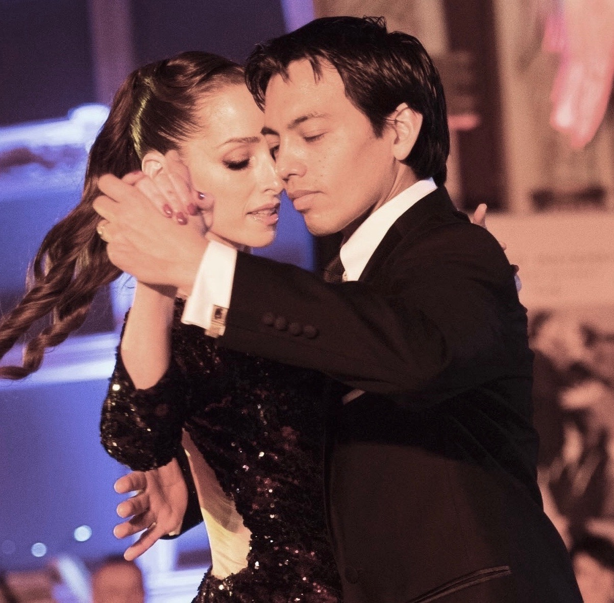 tango teachers David & Kim dancing together