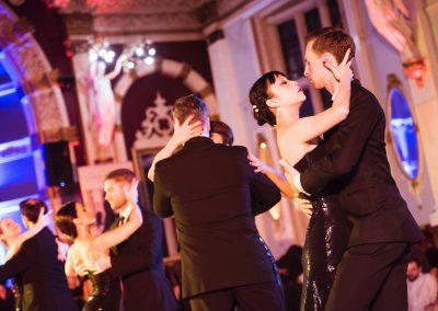 Final pose of tango dance troupe